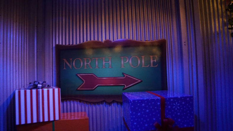 Now that the line was down we checked out the Polar Express experience which allowed us to see some of Wild Artic.