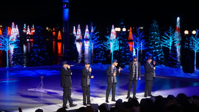To keep the crowd entertained as the ice skaters got ready there was a pre show with an A Capella group.